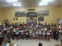 Sessão Solene Homenageia Alunos Destaque das Escolas no Município.